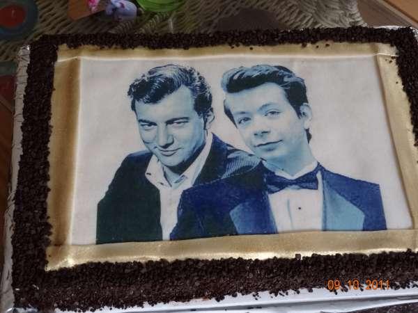 dort s fotkou na jedlem papire Na přání