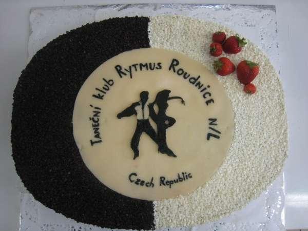 dort s marcipnovym logem Na přání