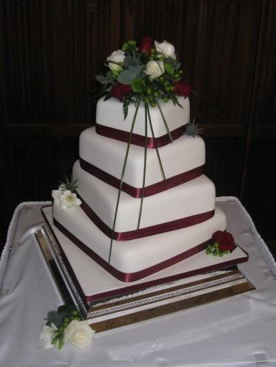 dort do spiraly Svatební dorty