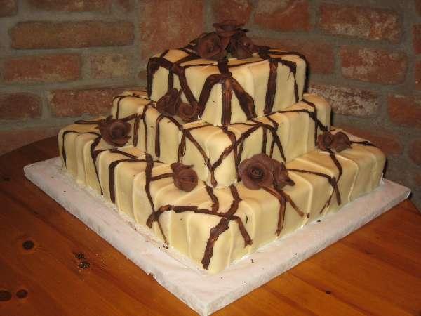 svatebni dort 2 Svatební dorty