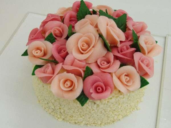 svatebni dort 21 dort pro druzicku Svatební dorty