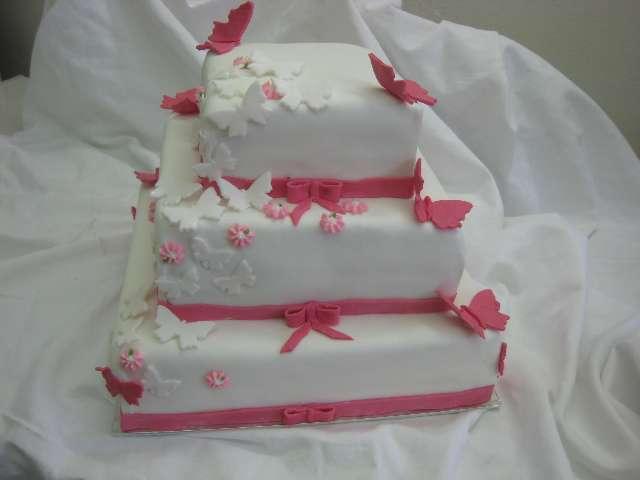 svatebni dort 23 Svatební dorty
