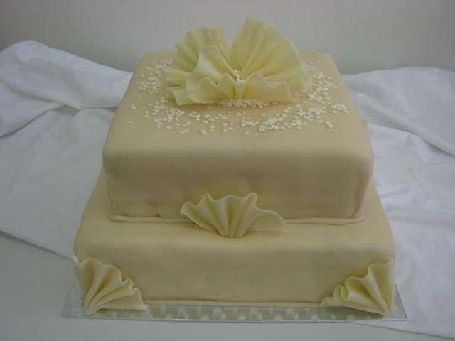 svatebni dort 24 Svatební dorty