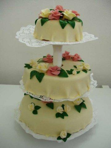 svatebni dort 5 Svatební dorty